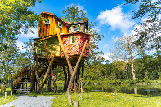 camping holidays treehouses in paris family holidays in tournan en brie ile de france. Black Bedroom Furniture Sets. Home Design Ideas