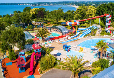 Camping Holidays Saint Laurent Family Holidays In La Foret
